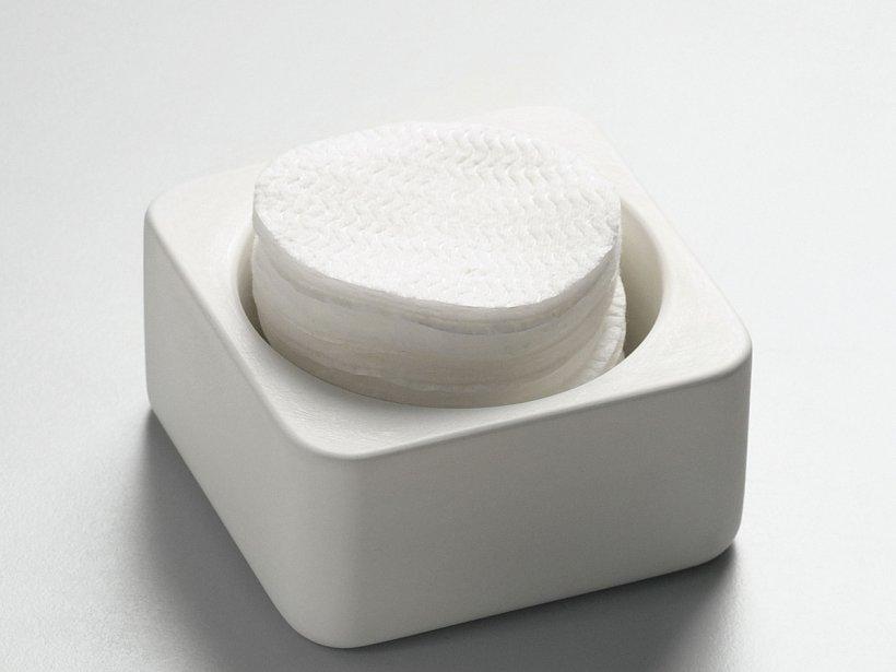 Agape, Surf Container
