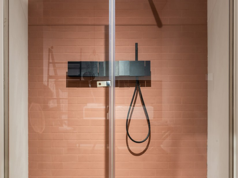 Agape, Flat DX Shower